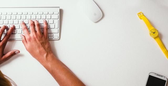 How Often Do You Turn Down an Open Blogging Mic
